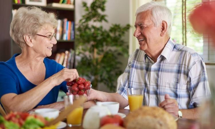 Ernaehrung-Senioren-Gesundheit